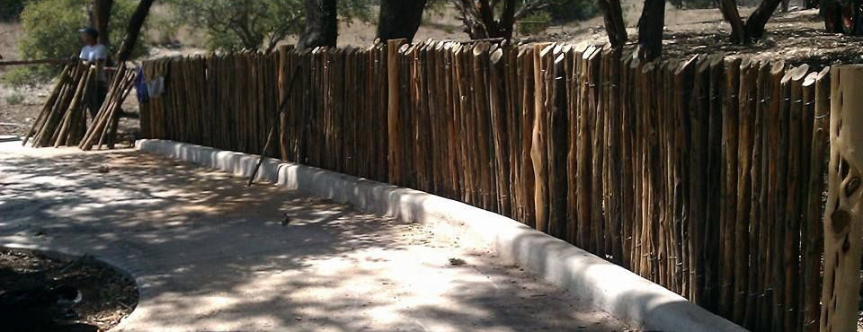 how to build a ranch fence